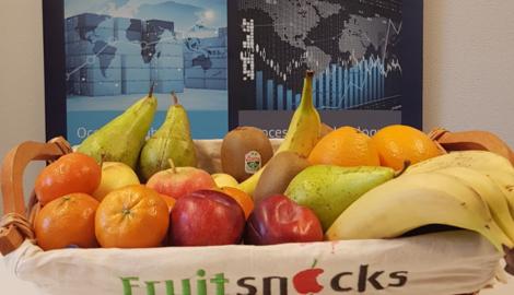 Fruit op het werk bij E-llis in Maastricht Nederland