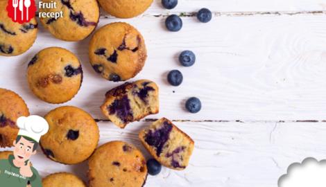 Muffins met banaan en blauwe bes